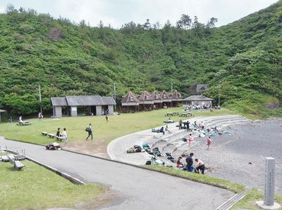 青海島キャンプ村・船越の浜.jpg