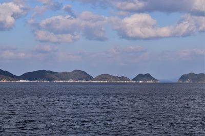 青海島・通地区と大島.jpg