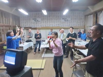 青海島共和国国歌斉唱1.jpg