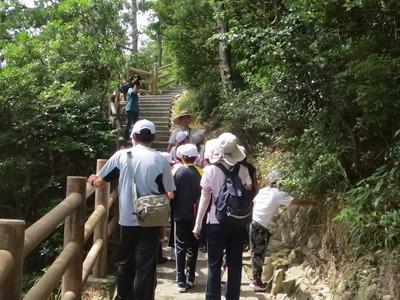 青海島自然研究路1.jpg
