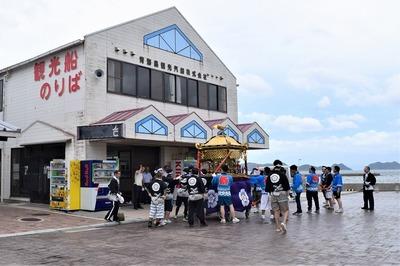 青海島観光汽船.jpg