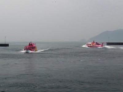 青海島観光汽船で送迎.jpg