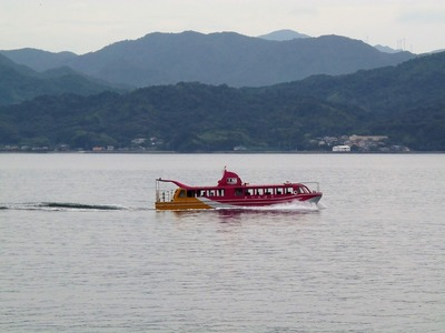 青海島観光船1.jpg
