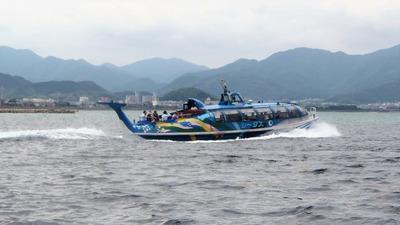 青海島観光船シータス2.jpg