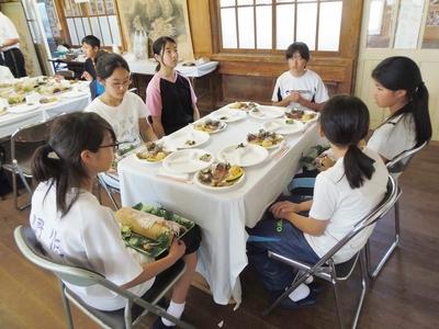 食事会場3.jpg