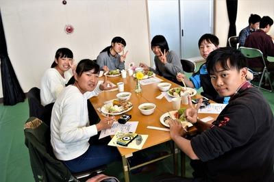 食事記念撮影4.jpg