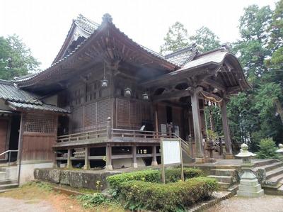 飯山八幡宮拝殿3.jpg