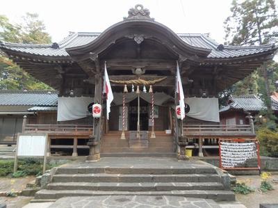 飯山八幡宮社殿.jpg