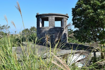 高山の監視哨.jpg