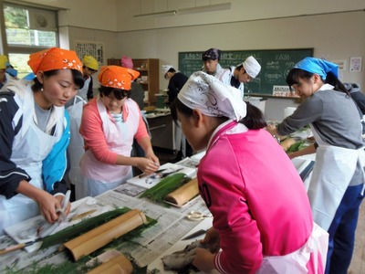 魚さばき体験3.jpg