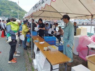 鮮魚売場2.jpg