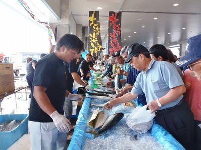 鮮魚販売2.jpg
