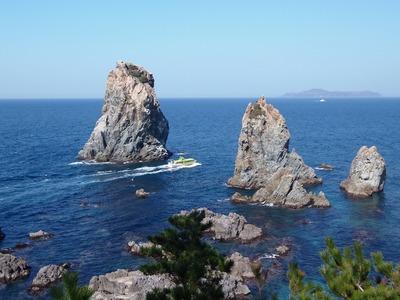 16羅漢と観光船.jpg