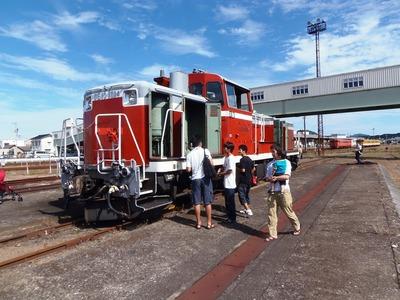 DE10ディーゼル機関車.jpg
