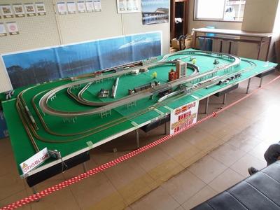 Nゲージ鉄道模型.jpg