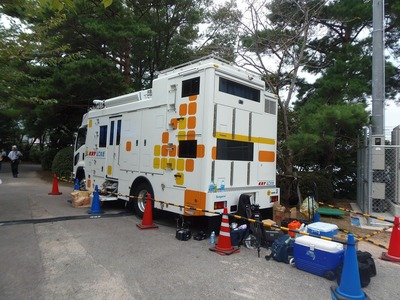 KRY山口放送車両.jpg