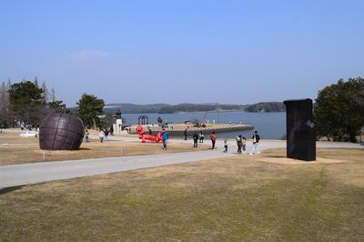 UBEビエンナーレー彫刻の丘2.jpg